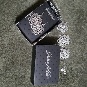 Earring/Bracelet set